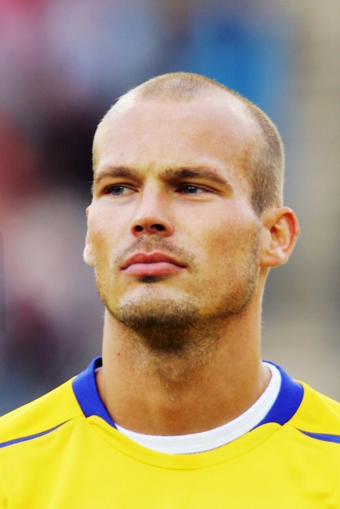 Best hair length for a balding guy?