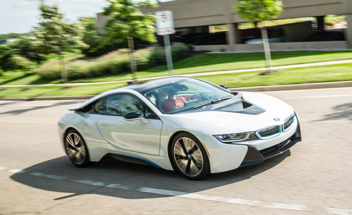 A BMW i8,or a Mercedes Gwagon catches more attention in the crowd?