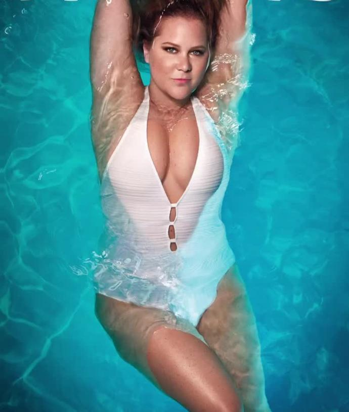 Which woman is sexier - Adriana Lima or Amy Schumer?