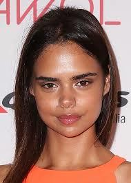 Do you think half-aboriginal Australian model Samantha Harris is pretty?