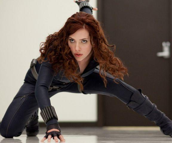 Who is hotter or more attractive- Susan Storm (Jessica Alba) or Black Widow (Scarlett Johansson)?