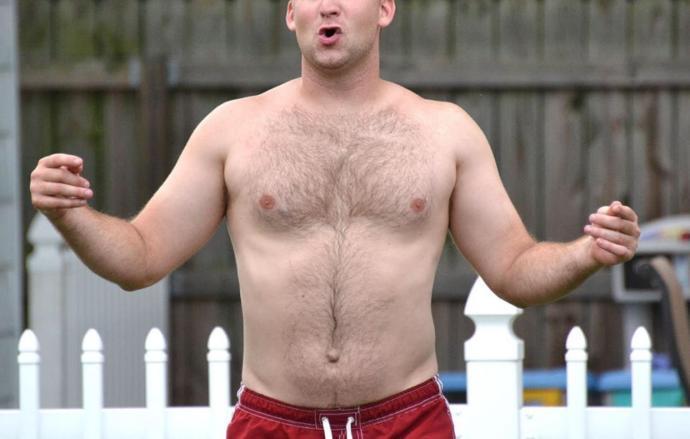 U prefer guys with dad bodies or fit bodies?