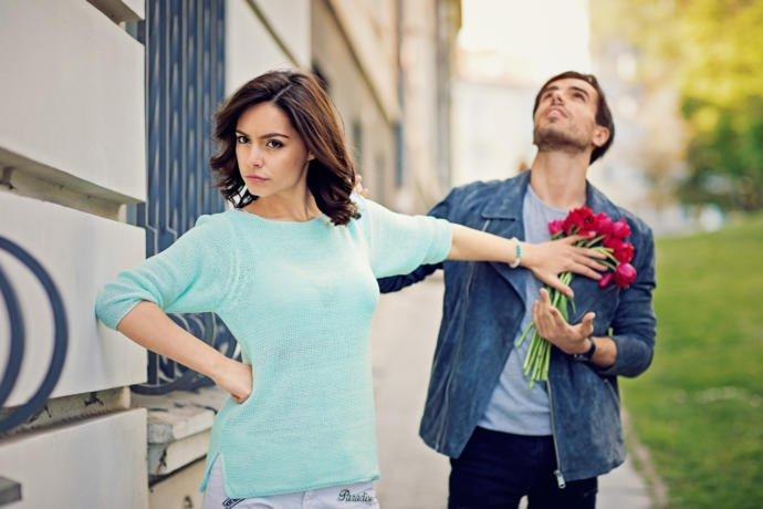 Do people fail at dating due to unrealistic expectations?