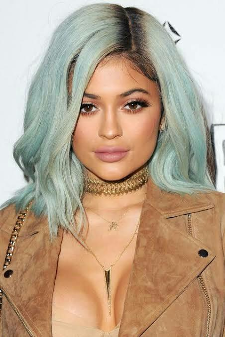 Do you find Kylie Jenner pretty?