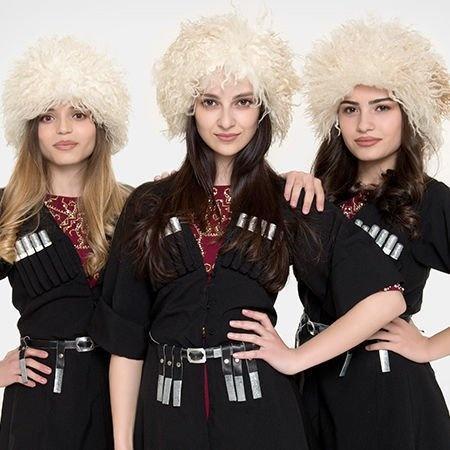 example of caucasian girls