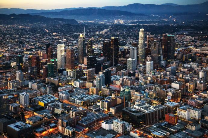 Which city is more dangerous? New York or LA?