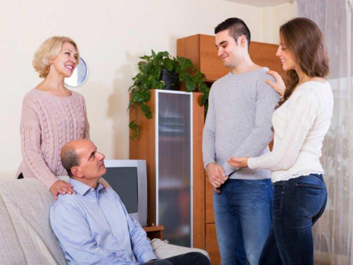 Whats the best time to introduce your boyfriend to your parents?