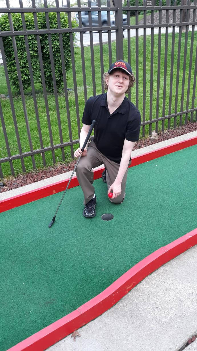 How come people don't like golfing or mini golf especially women?