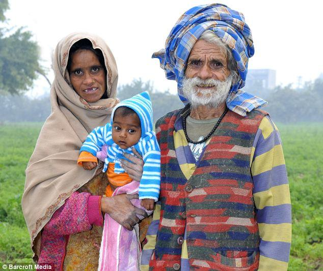 The 90 years old Indian man and his 50 years old wife