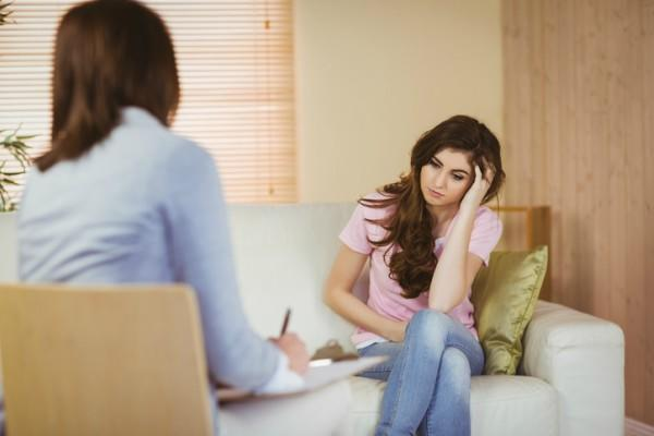Would you date me if I'm seeing a therapist?