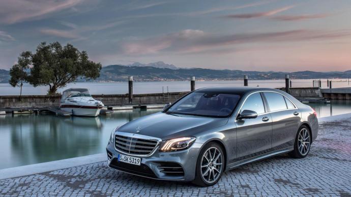Range Rover , Mercedes , BMW , bigger gold digger magnet?