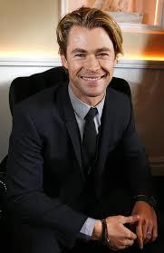 Girls, Who is more attractive idris elba or chris Hemsworth ?