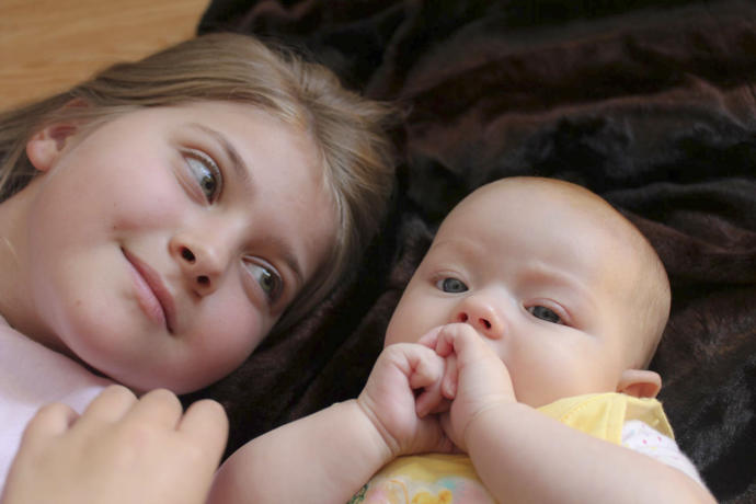 What is the youngest age that a girl should ever have a baby under even the very best circumstances?