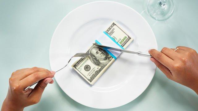 What would you do if your date asks to split the bill?