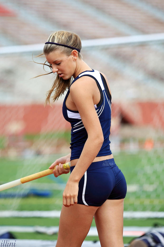Would you date an athlete?