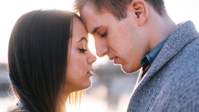 Is contact necessary for a relationship to last?
