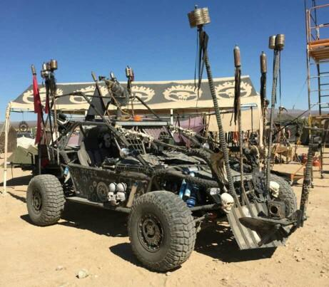 Should modding (Mad Maxing) your car be legal and to what degree??