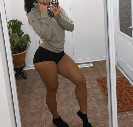 Why do guys dislike women with thick legs/thighs?