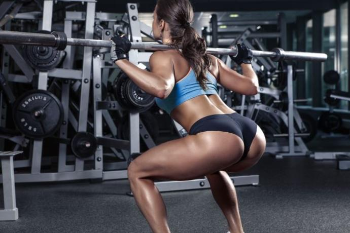 Do squats really make your butt bigger?