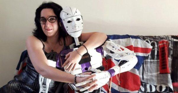 Whould you judge someone if they chose to be with a robot/doll instead of a real person?