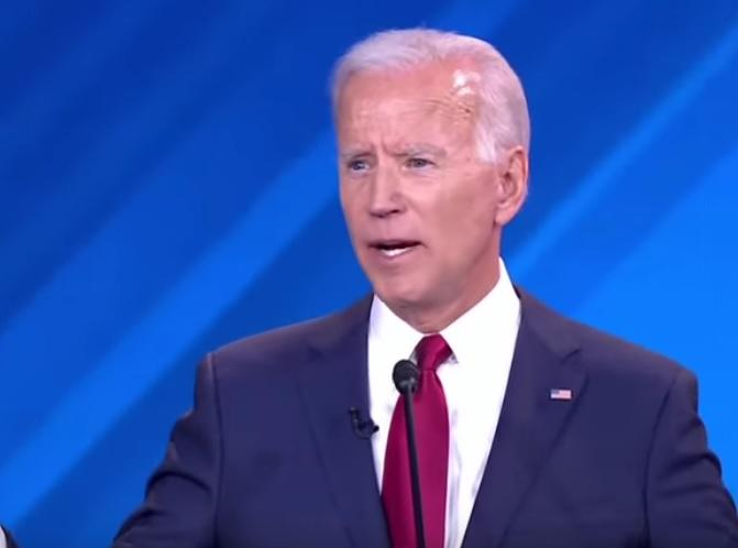 Are those who complain that none of the candidates wore an American Flag lapel did actually watch the debate?