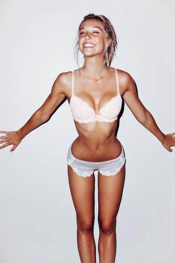 Skinny or curvy (not fat)?