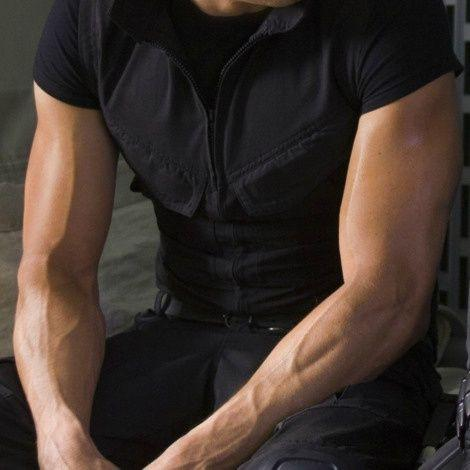 Women, Are You Attracted To Veiny Arms?
