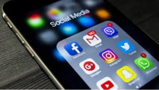 Would social media have more of a chance to make or break a relationship?