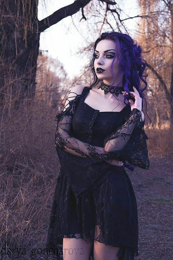 Out of these options which is the most interesting goth outfit??