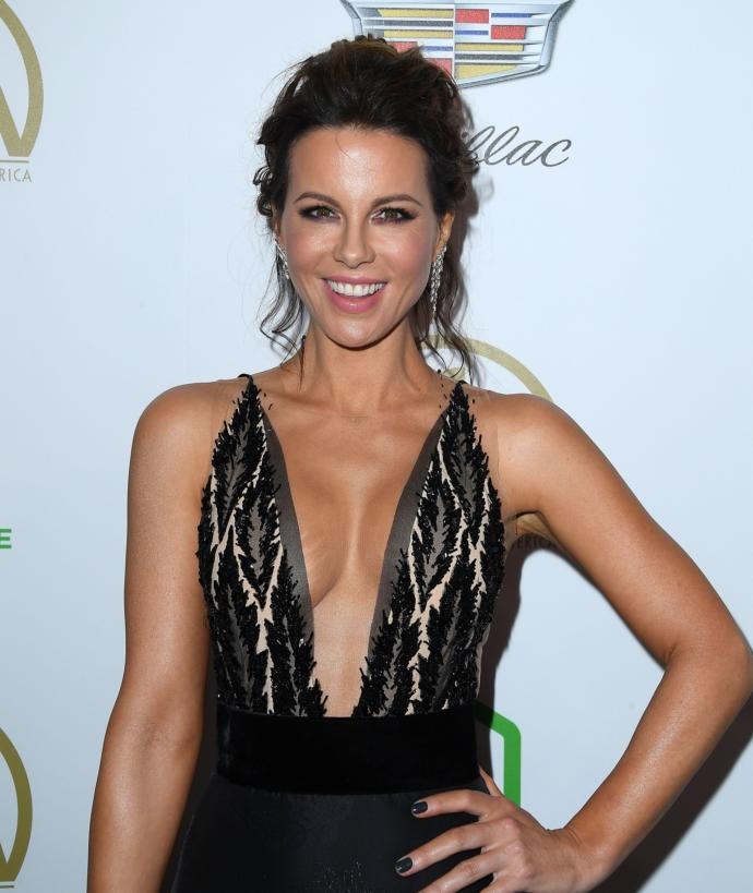 Who is more attractive? Jessica Biel or Kate Beckinsale?