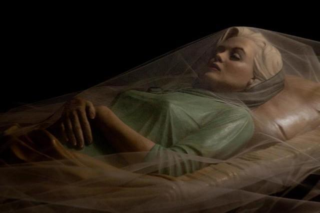 *Sculpture of Marilyn Monroe