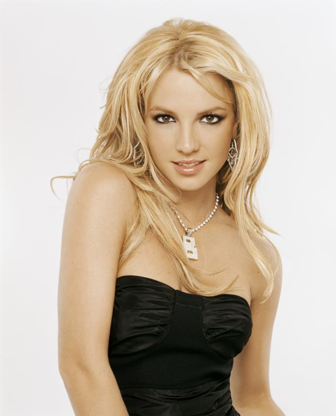 Who is better Christina Aguilera or Britney Spears?