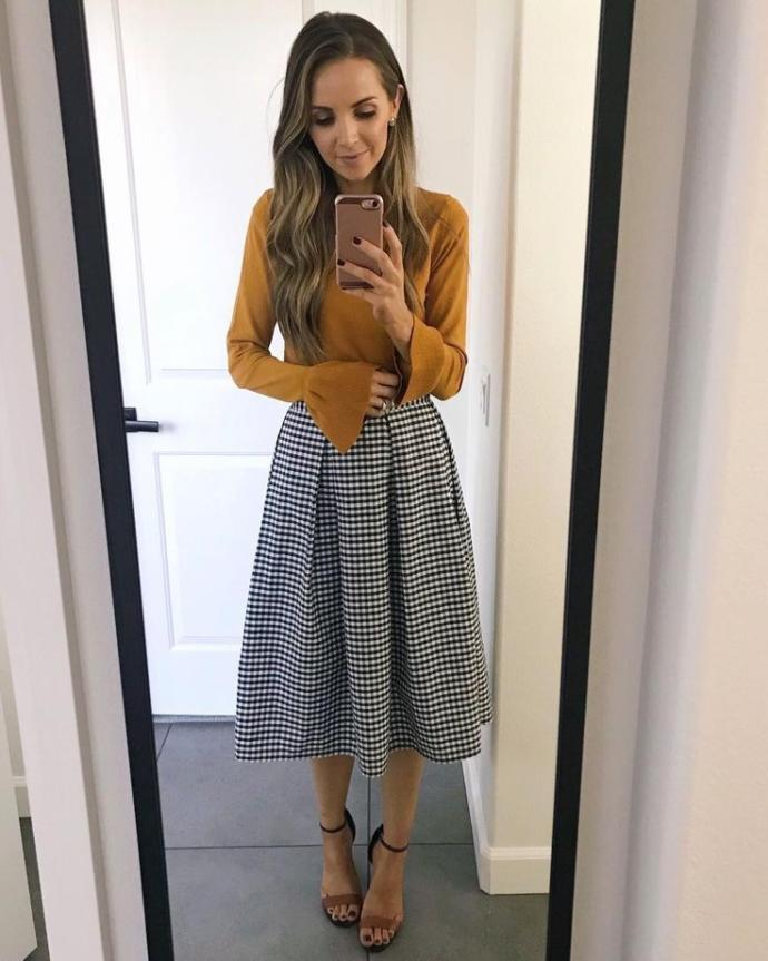 What type of clothes do you prefer a girl wear on your first date?