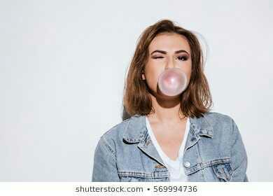 Is chewing gum rude?