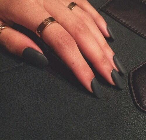 Matte black Nails? GO or NO-GO?