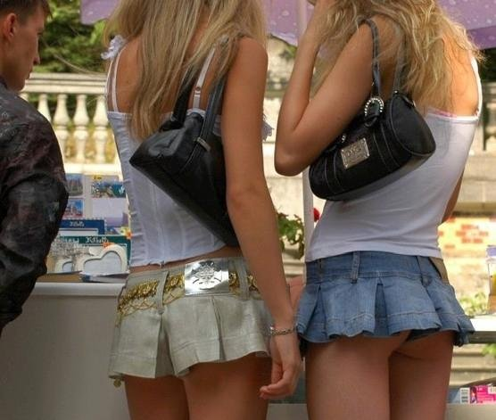 Would you go to a restaurant like Hooters where there was no limit to the short shorts or micro mini skirts the waitresses could wear?