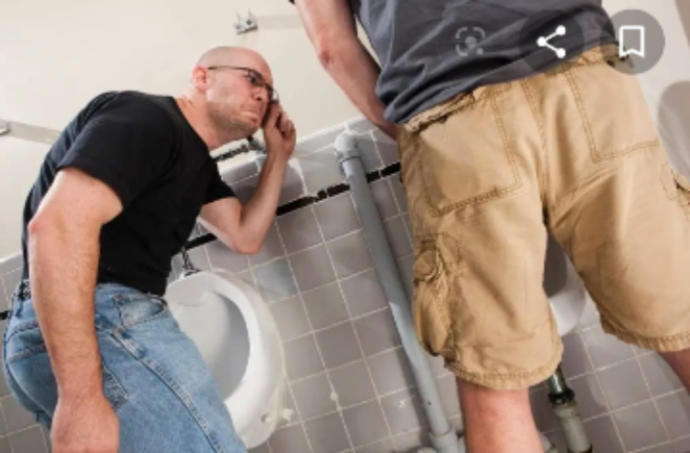 Guys, isnt it embarrassing going to the washroom when other guys might see you?