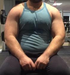Do women like muscular men?