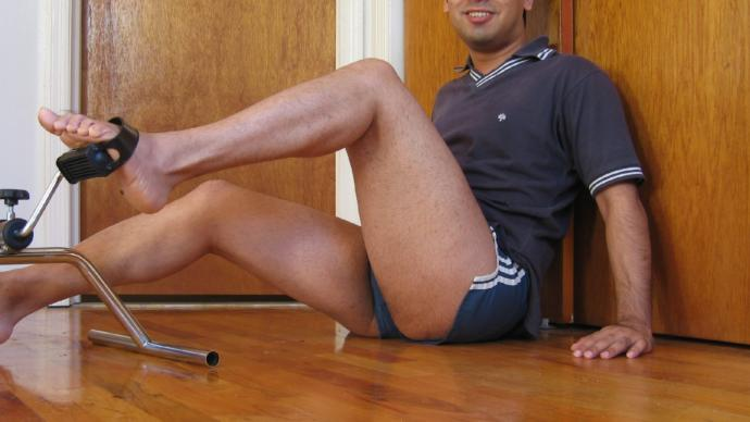 Would mens legs be more beautiful and more appealing if they werent hairy?