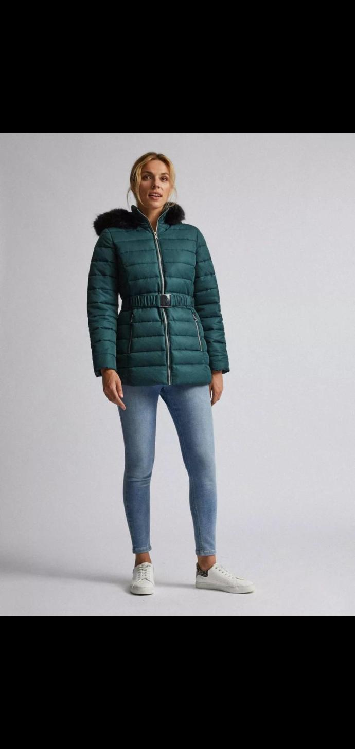 Does this winter jacket look old-fashioned?