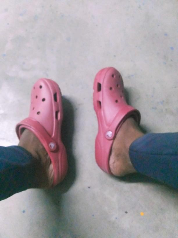 What do you think about crocs? Are they still considered ugly?
