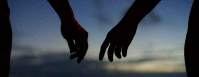 When youre holding hands with your significant other, do you prefer to be positioned to the left or the right of them?