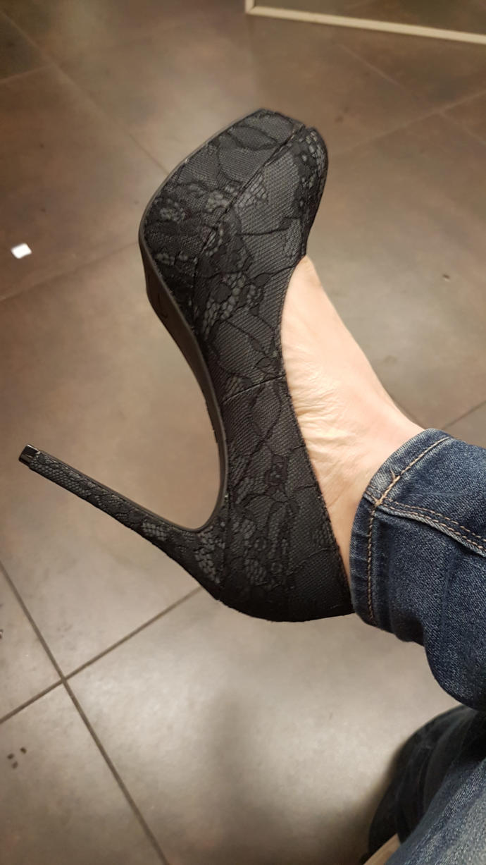 What do you think of these pair of shoes? Do they really look like stripper shoes?