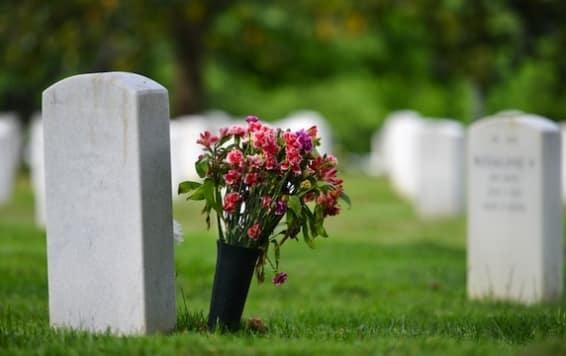 How to console a partner who recently lost a loved one?