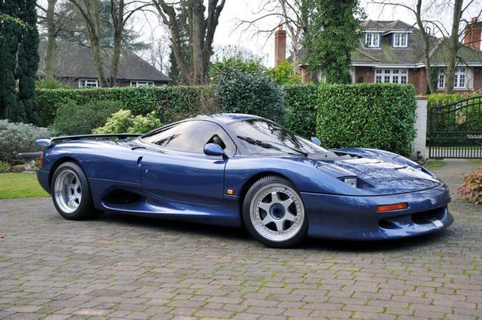 Jaguar XJ220 Top speed 217 mph