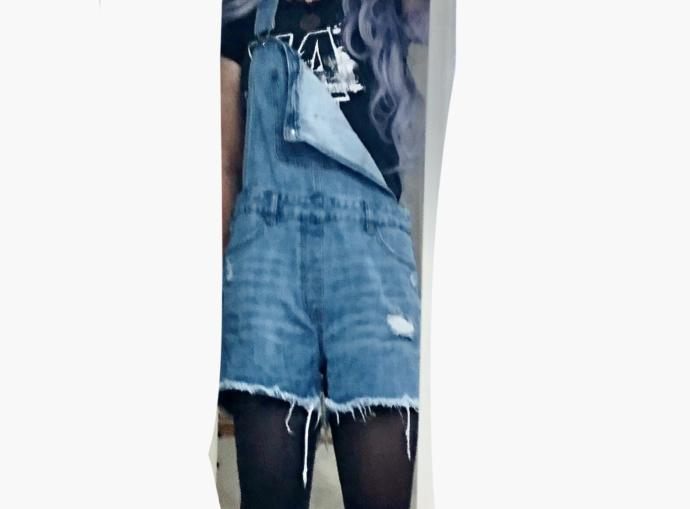 #9 WEAR ME, WEAR ME NOT (these are WOMENS overalls.. why is the crotch so long 🤨😒)?