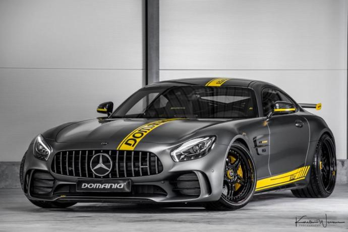 Mercedes AMG GT Top speed of 193 MPH