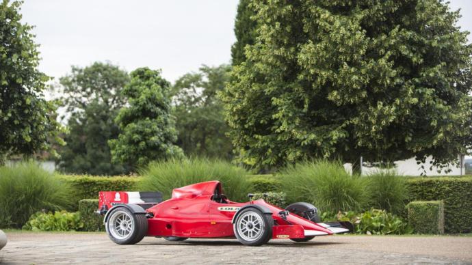 The Lola F1R