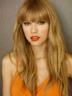 People say that I look like Taylor Swift. Do you think she is attractive?