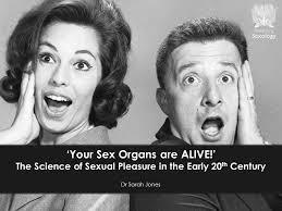 Everything you NEVER knew about the female vagina! ... Is this TMI?